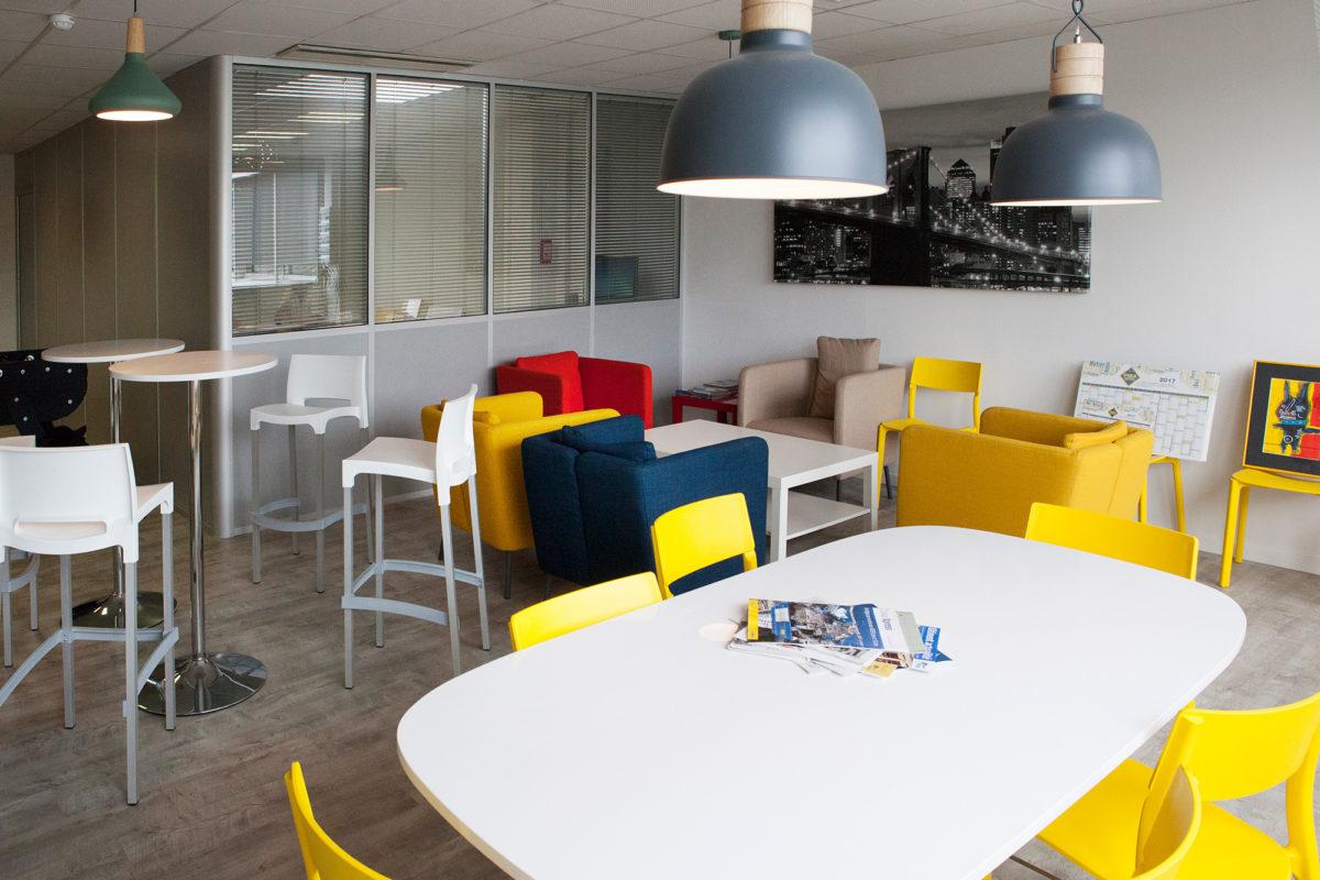 Esapace détente et salle de réunion